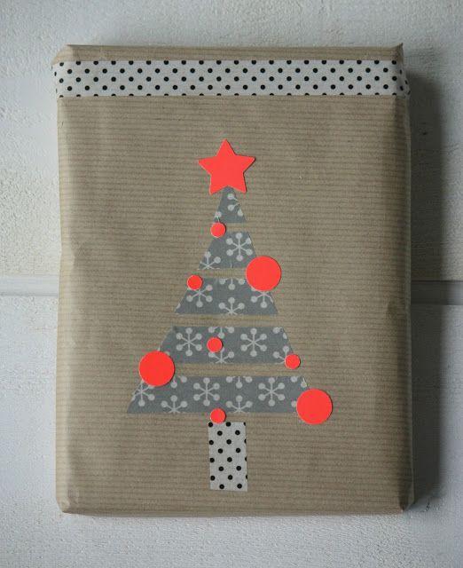 упаковка подарка+наклеенная елка