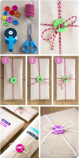 упаковка новогоднего подарка с пуговицами
